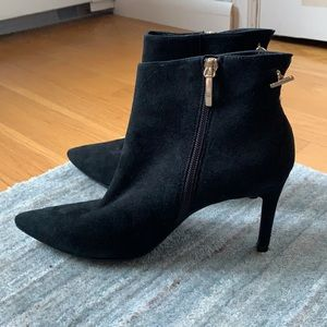 LK Bennett Black Suede Pointed Toe Zip Booties 8